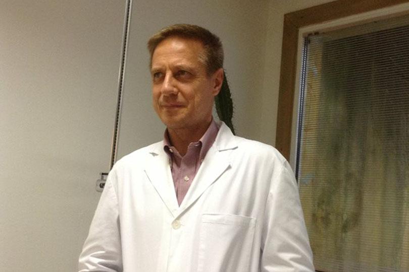 """Stowarzyszenie ponad 700 włoskich lekarzy przeciwko sianiu paniki i rządowemu sposobowi walki z COVID-19: """"Muszą utrzymać panikę aż do pojawienia sięszczepionki"""""""